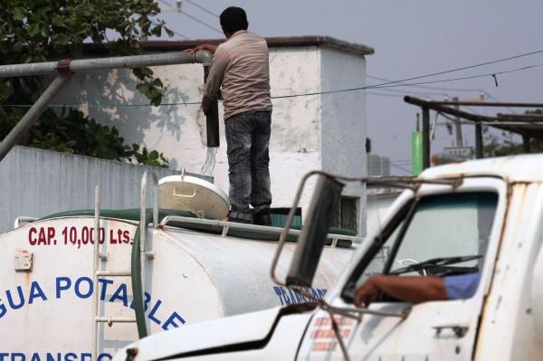 Huachicolean agua a CMAS, 30 mil usuarios en Coatzacoalcos