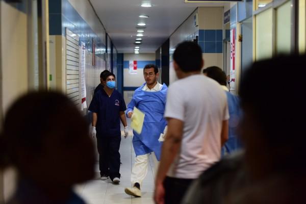 Médicos de Coatzacoalcos son libres de ampararse ante falta de insumos
