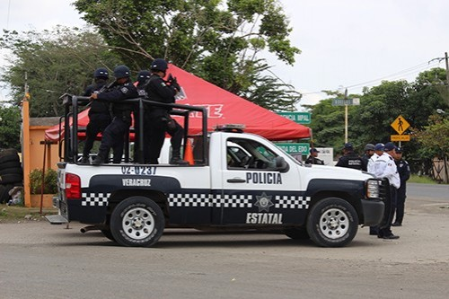 Legalizan detención de ex elementos y director de la policía de Álamo