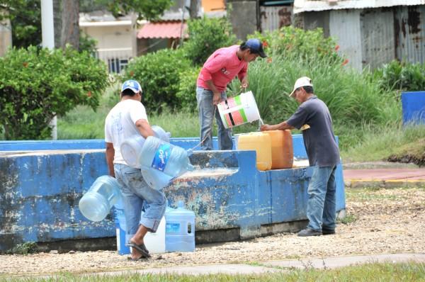 Reparación dejará sin agua a 16 colonias en Coatzacoalcos
