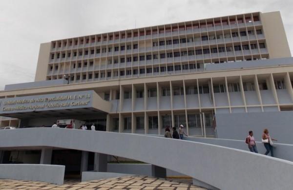 Juez ordena al IMSS equipar de insumos a médicos