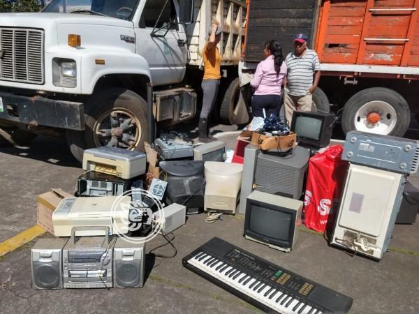 Alertan en Veracruz sobre riesgo de electrónicos y medicamentos en caducidad