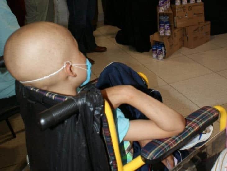 Denuncian quimioterapias retrasadas y desabasto en Cecan