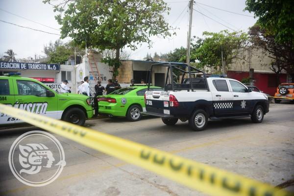 Ataque a balazos contra oficial de tránsito en Coatza