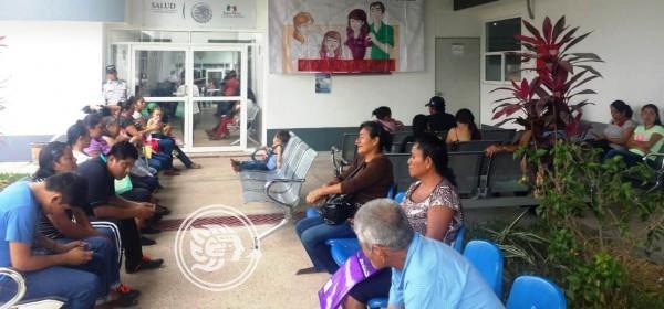 Por contagio de personal, modifican el Centro de Salud de Minatitlán