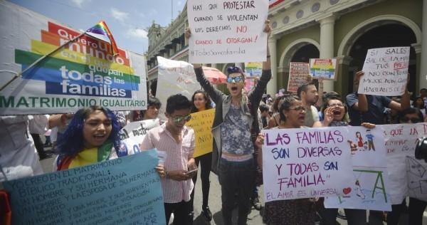 Falta de voluntad política cierra paso a matrimonio igualitario en Veracruz