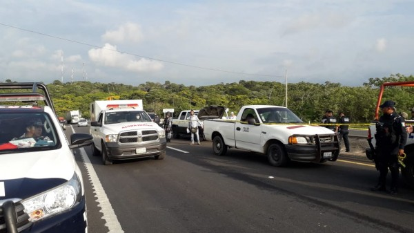 Migrantes atacaron a policías en Veracruz; crimen podría estar involucrado: Durazo