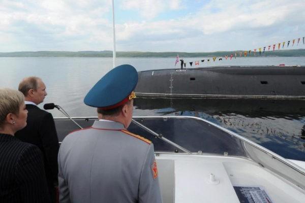 Mueren 14 marineros rusos por un incendio en un sumergible
