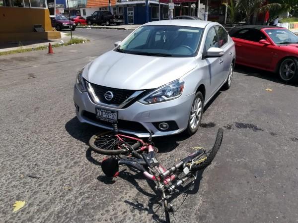 Atropellan a ciclista en fraccionamiento las Vegas