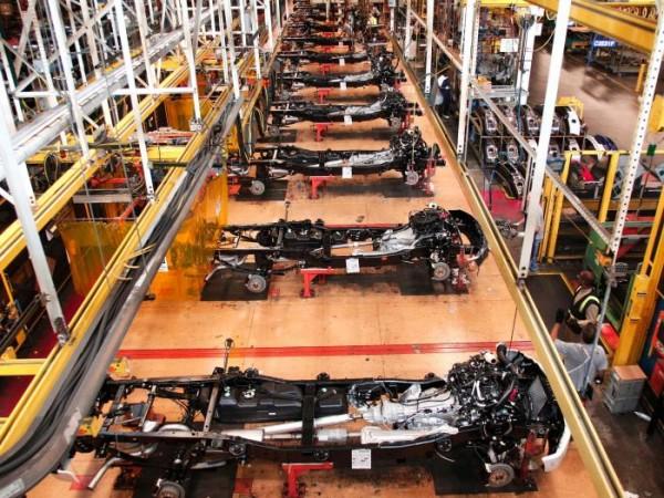 La producción industrial de EE. UU. entra en recesión
