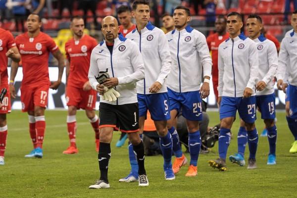 Le empatan de último minuto al Cruz Azul en despedida del Conejo