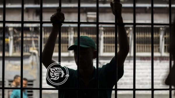 Publica AMLO acuerdo por el que se crea la Comisión de Amnistía