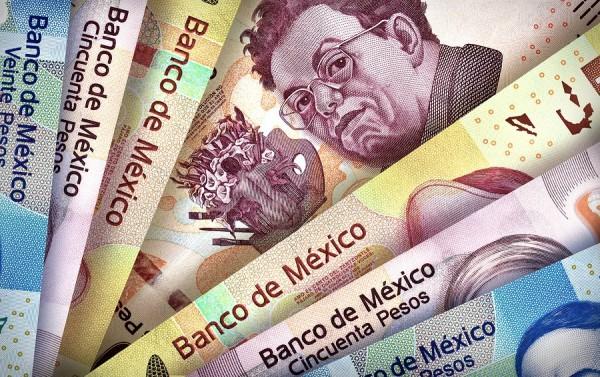 Caen remesas a México 29 por ciento en abril