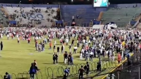 Tres muertos y 10 lesionados en enfrentamientos en fútbol de Honduras