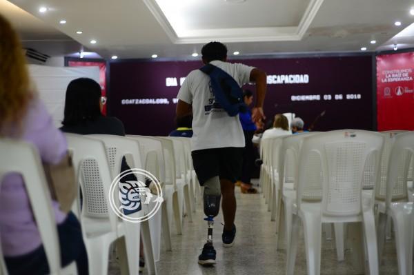 Escuelas solicitan espacios para estudiantes con discapacidad