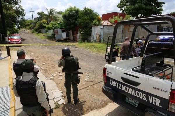 Ejecutan a El Ceviche, al interior de su casa en Coatzacoalcos