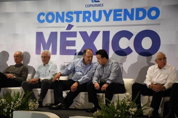 Buscan empresarios fortalecer la economía del país