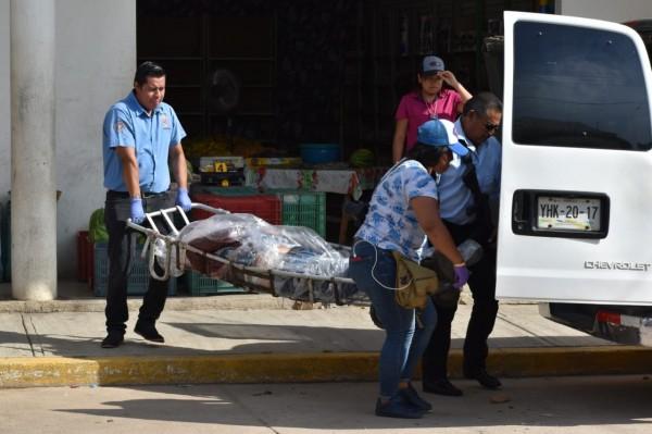 Lo asesinan frente a su hija en el centro de San Juan