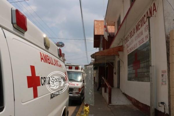 Deben 3 meses de salario a personal de la Cruz Roja en Acayucan