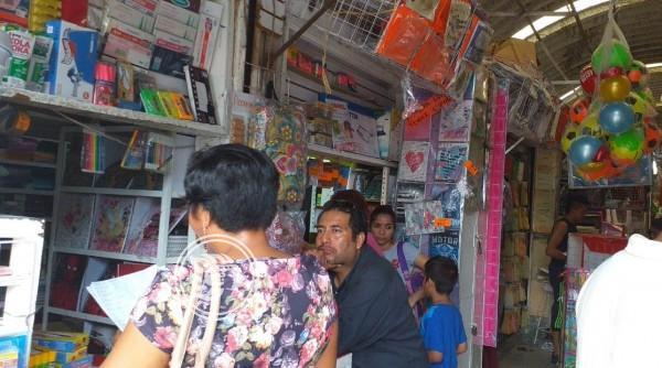 Compran padres útilesa la carrerita en Minatitlán