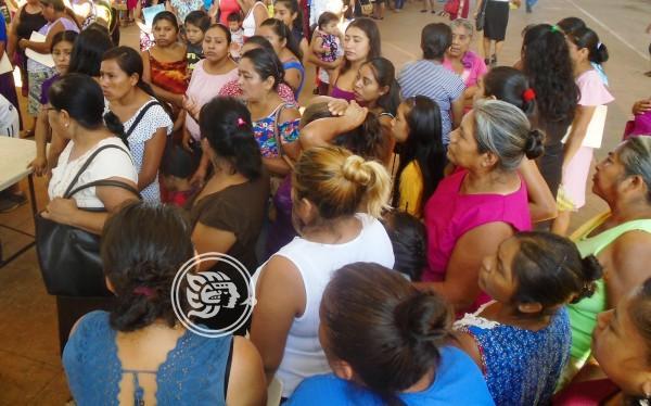 No a todos les tocó apoyos de Bienestar en Soteapan