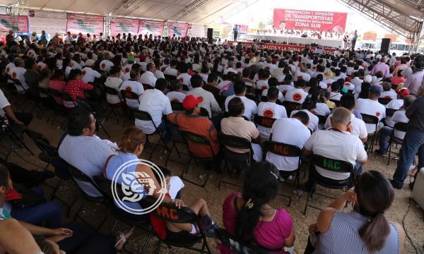 Desbandada sindical y partidista hacia CATEM en el sur de Veracruz