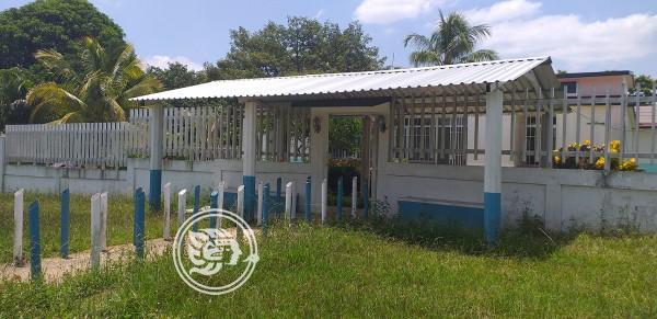 Llega nuevo personal a clínica rural del IMSS de Agua Dulce