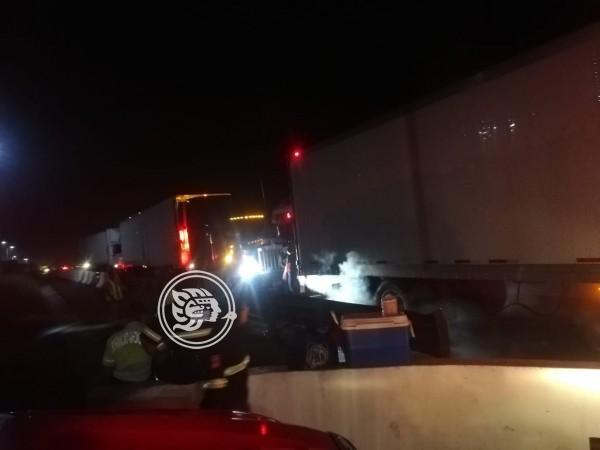 Dos conatos de incendio de camiones en Acayucan