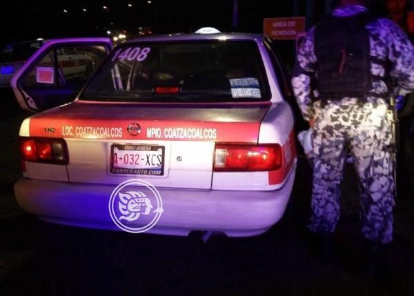Acayuqueño detenido por participar en plagio de taxista