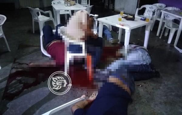Matan a 5 personas en bar de Tabasco previo a Grito