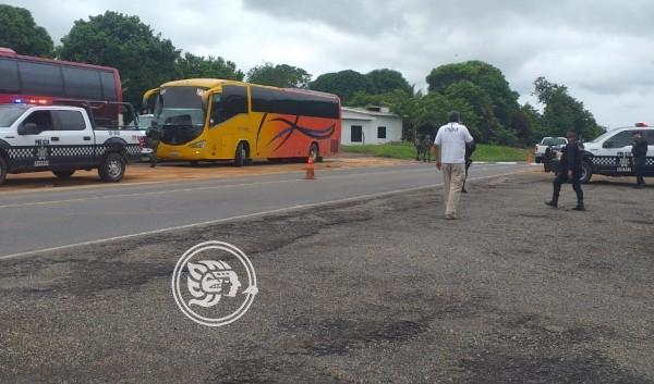 Asegura SSP a 198 migrantes en Acayucan; hay 3 detenidos