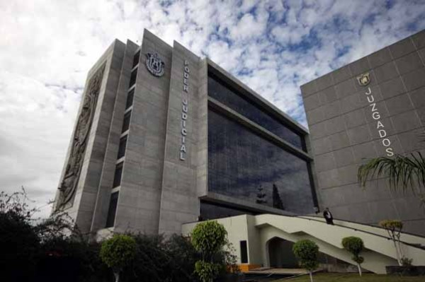Mano negra de clase política afecta al Poder Judicial de Veracruz, acusan