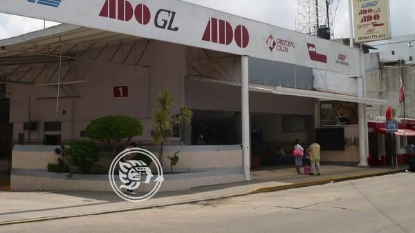 En Minatitlán, fallece ancianita en terminal de ADO