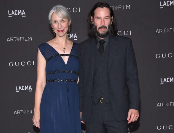 Keanu Reeves presenta a su novia tras una década sin formalizar pareja