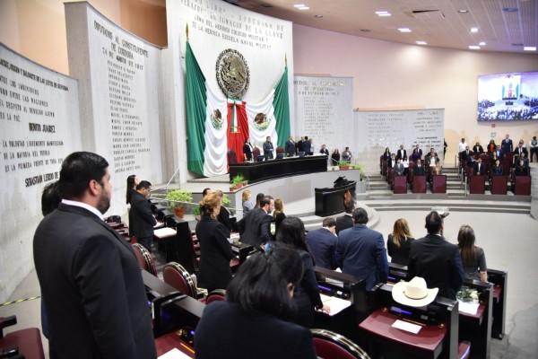 Modifican integración de Comisiones Permanentes del Congreso del Estado