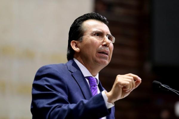 Conserva Gonzalo Guízar grupo legislativo y recursos