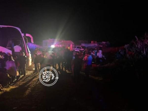 Aseguran en Alvarado autobús con 56 pasajeros procedente de Coatzacoalcos