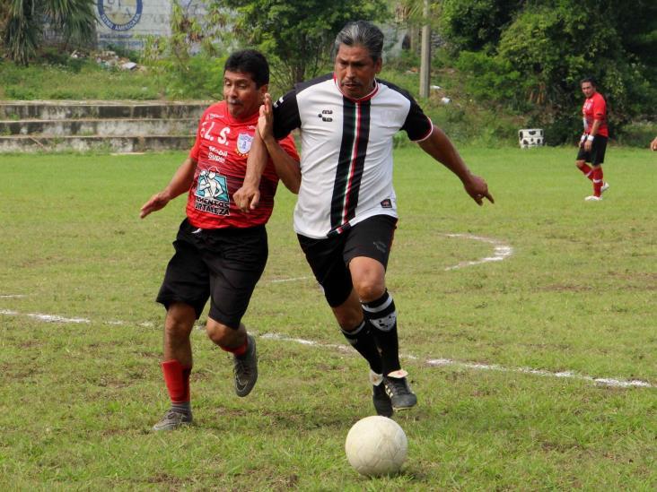 FLS elimina a Restos 77 en la Liguilla del Futbol Más 55