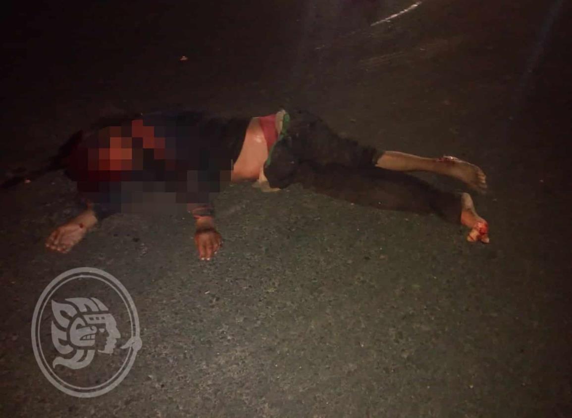 Sexagenario muere atropellado en Sayula de Alemán