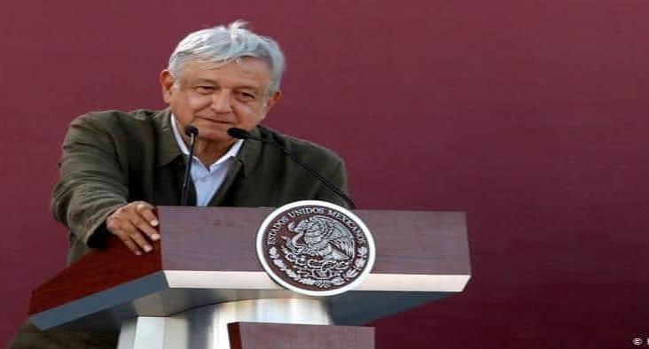 Presidente de México rechaza intervencionismo en lucha contra cárteles de droga