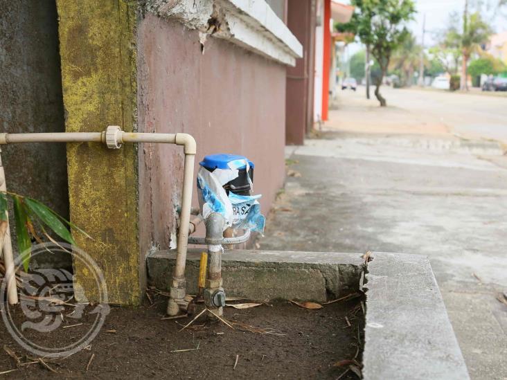 Proponen borrón y cuenta nueva al agua potable en Minatitlán