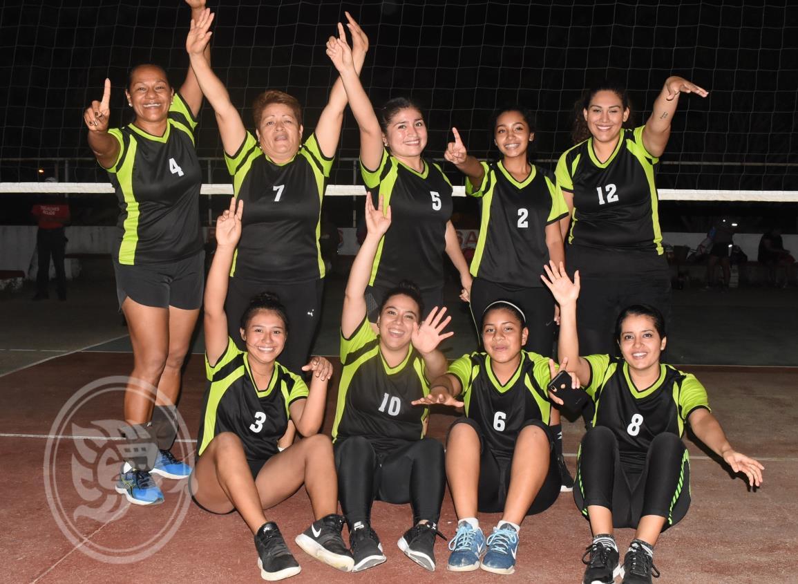 Peques se corona en el Voleibol Femenil Satelta