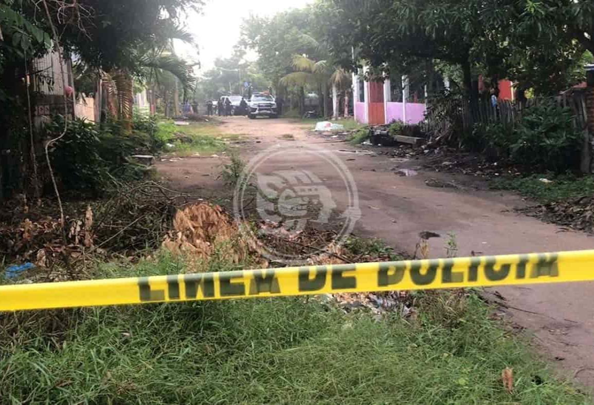 Abandonan cadáver baleado y maniatado en Cosoleacaque