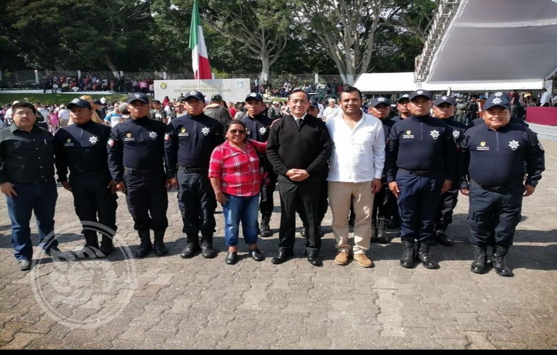 Egresan en Xalapa 14 Policías de Municipales de Pajapan