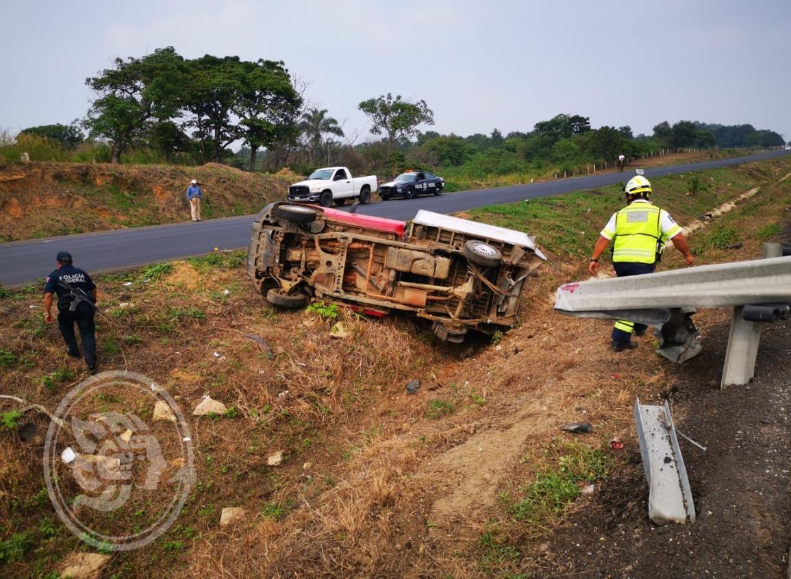 Volcadura en La Tinaja- Cosolea; hay un lesionado