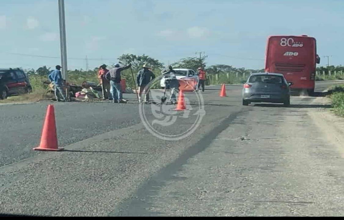Dan remedio casero a tramo carretero Coatzacoalcos-Villahermosa