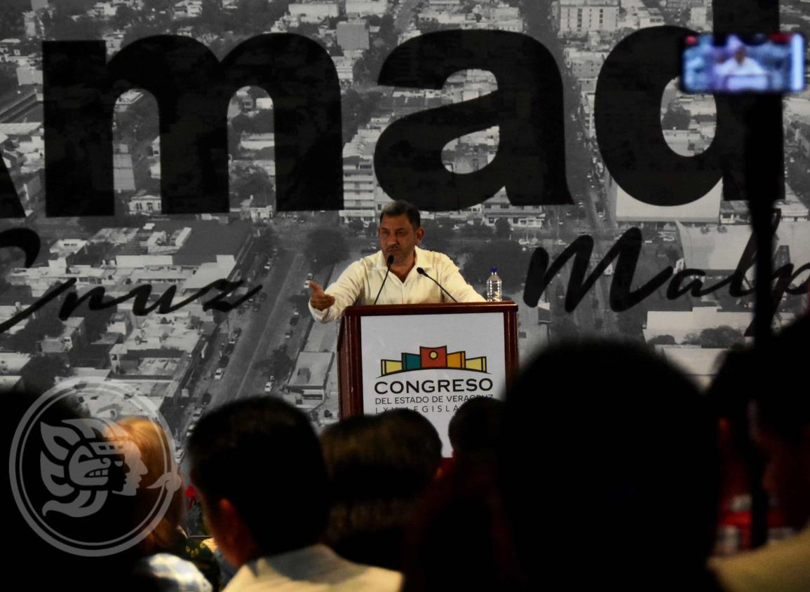 'Ley de Fomento a la Inversión en Veracruz', de los principales proyectos de Amado Cruz