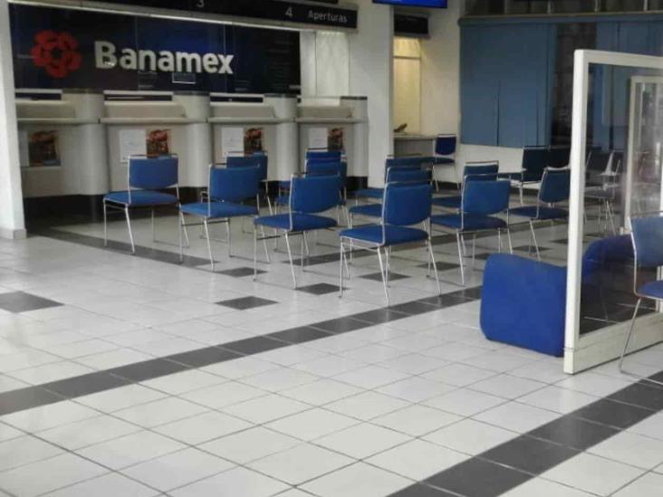 Cierran los Banamex en Agua Dulce y Las Choapas; empleados tienen Covid-19
