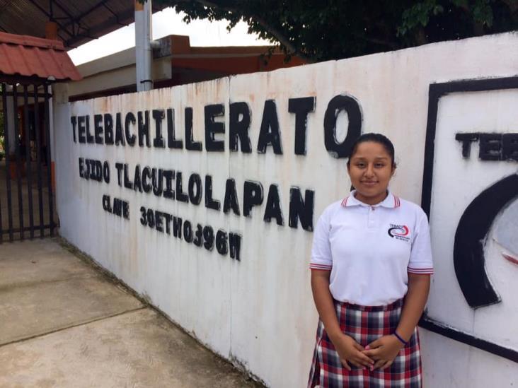 Destacan estudiantes de Moloacán en olimpiada de química