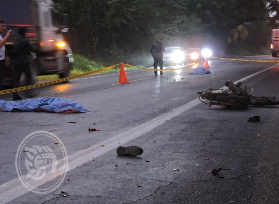 Padre e hijo mueren en accidente sobre carretera Tinaja – Ciudad Alemán